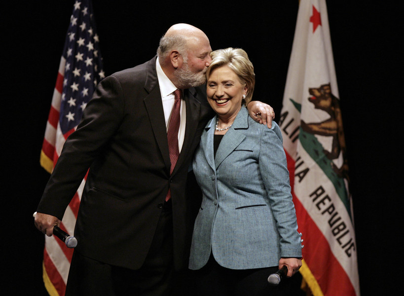 "US Democratic presidential candidate Senator Hillary Clinton (D-NY) (R) gets a kiss from Rob Reiner at a ""Hillary Live"" fundraising event at the Wilshire Theater. © 2008 REUTERS/Mark Avery"